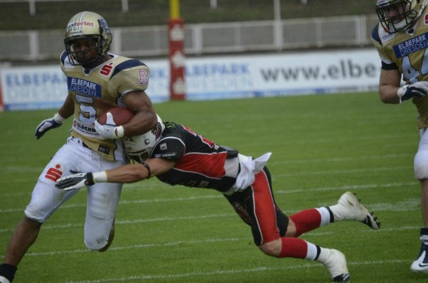 Larry Croom playing for the Dresden Monarchs in Germany.