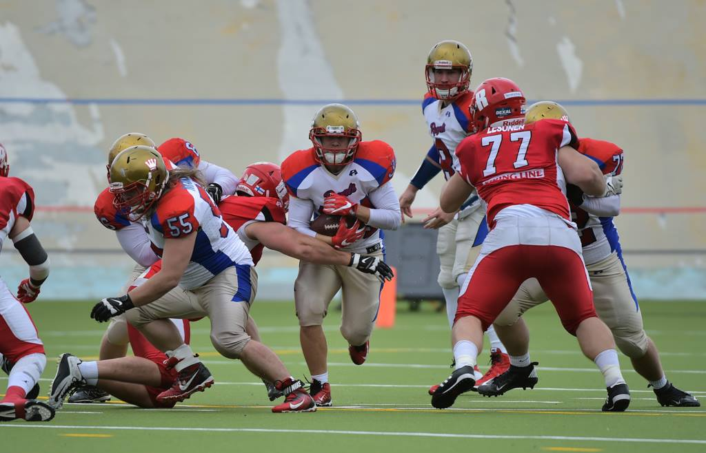 Maple Wasa League action between the Royals and the Helsinki Roosters this August (photo courtesy of Samppa Toivonen, Wasa Royals)