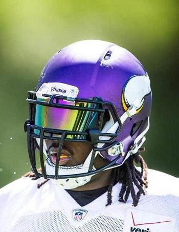 Shoc 1.0 Grape Ape Helmet Visor Vikings Player 1